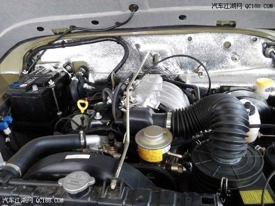北汽2012款新车212吉普高清图片