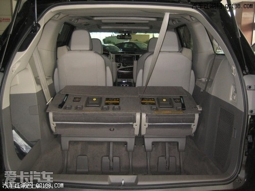 新款丰田塞纳多少钱 14款进口塞纳3.5四驱价格高清图片