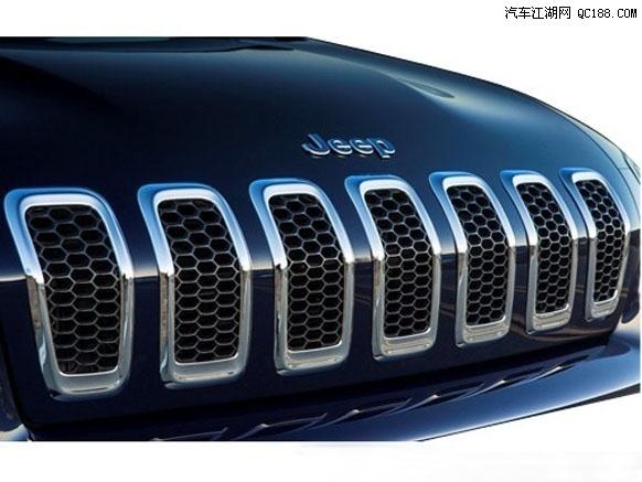 吉普自由光最新报价 优点 缺点 保养 车型 评测怎么样高清图片