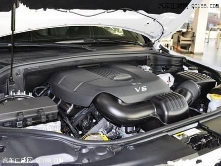 进口大切诺基柴油版多少钱 大切舒适导航版多少钱 大切诺基最高时速高清图片