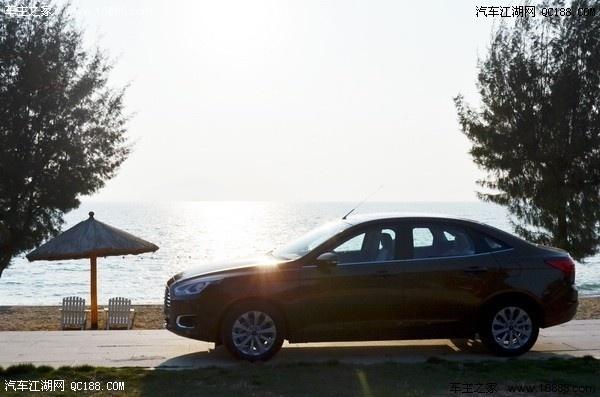 福特福瑞斯优惠2万 店内现车有售 颜色齐全高清图片