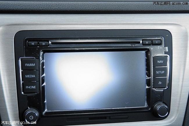 15款大众朗逸1.6自动舒适型提车比老款贵多少钱高清图片