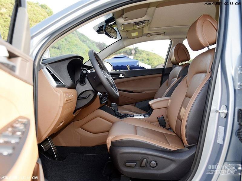 新款现代途胜成功人士的必备SUV本店现车优惠7万高清图片