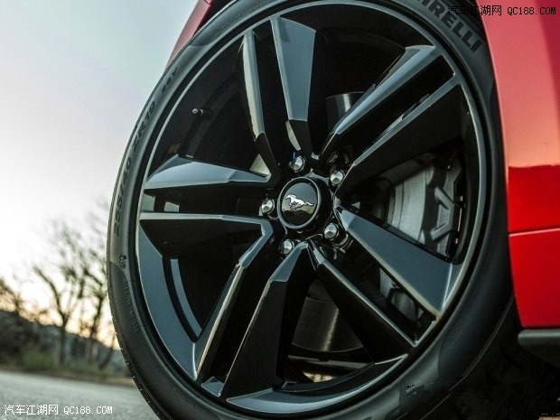 最新款福特野马跑车性格国产价格28万售全国高清图片