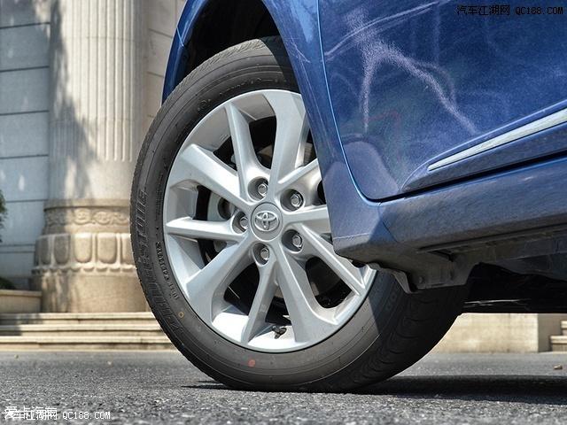 丰田2017款卡罗拉报价 提车 改装 最低价 优缺点 油耗 颜色 现车图片 142162 640x480