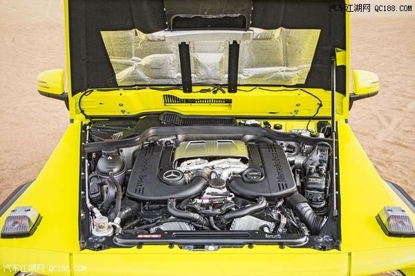 引擎盖下的发动机和普通的g550车型完全相同,双涡轮增压八缸发动机