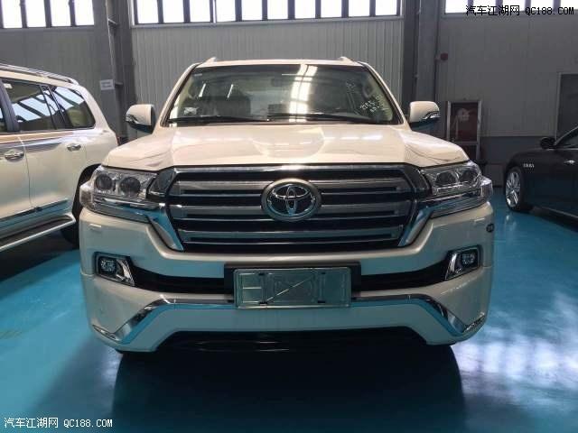2017款丰田酷路泽4000 经典SUV陆巡让利促销最新报价高清图片