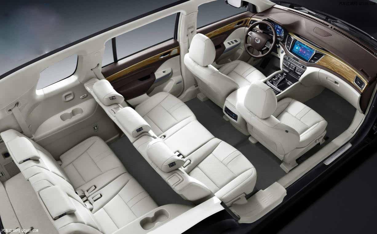 广汽传祺GS8空间超大 7座SUV典范 传祺GS8多少钱 全国销售专线:153-3021-1605战经理 事实上,作为一款体重近2吨的大7座SUV,低于9L的油耗,确实令人心动。 整车团队秉持仿真驱动设计理念、基于整车能量流开发思路,在产品设计阶段,通过先进的仿真分析手段定义各系统、零部件能量消耗目标;在产品验证阶段,对比试验结果,找出影响油耗的关键因素,并且不断改善优化。我们的车在设计之初就已经确定好了它的油耗,这也是坚持汽车正向开发的优势所在。 北京嘉华鼎盛六月优惠促销广汽传祺GS8全系降价优惠促销,