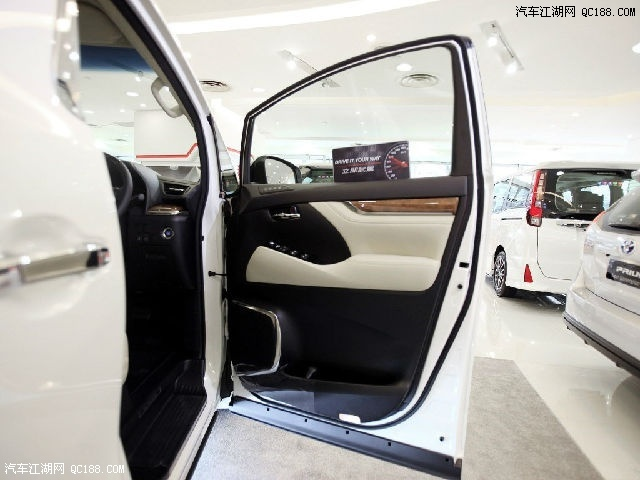 17款丰田埃尔法配置参数欧规版与中东版配置参数售价图片 89520 640x480