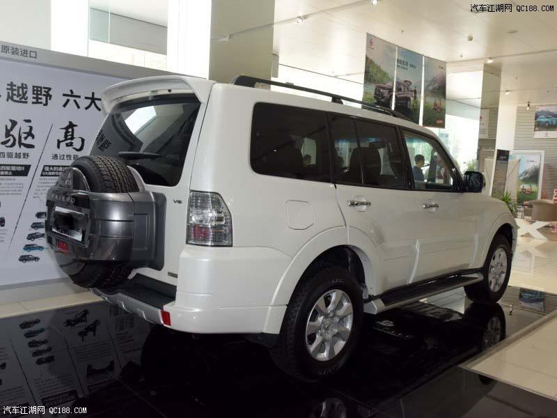 时新车还配备了ECO驾驶模式、双区自动空调以及电动尾门等配置.高清图片