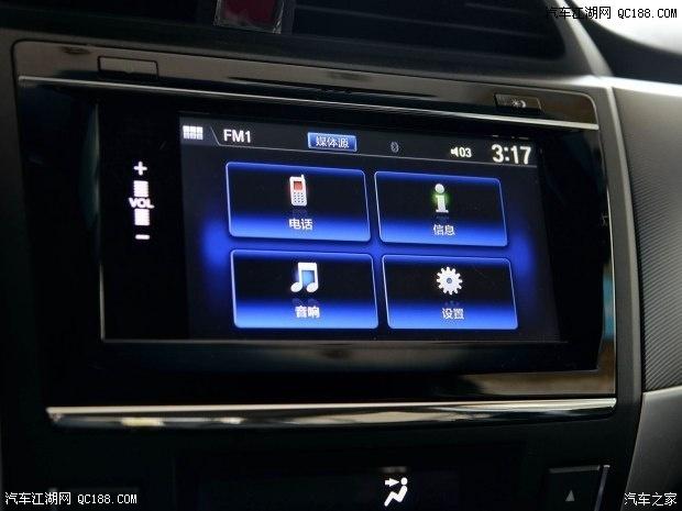 车载蓝牙电话,usb/hdmi娱乐扩展接口,收音机等,在功能上与现款车型