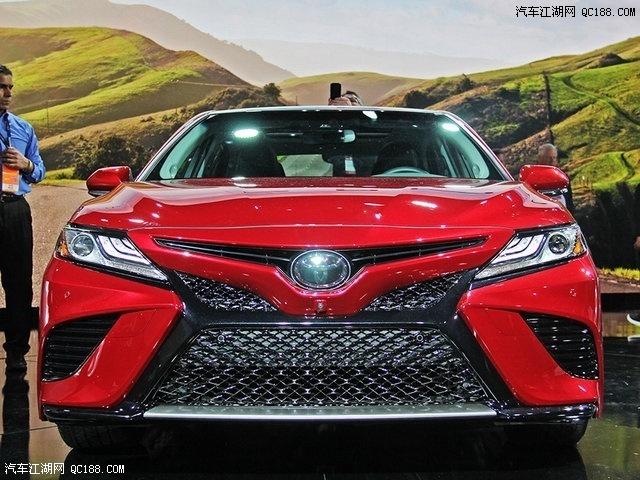 2016款丰田凯美瑞最高优惠10万火爆促销售全国