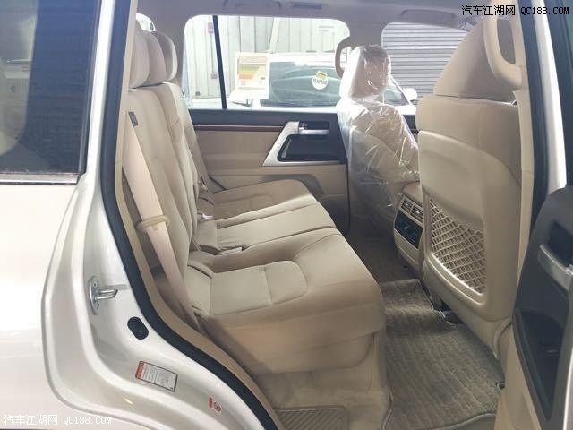 17款兰德酷路泽5700中东版底价销售购车优惠手续齐全