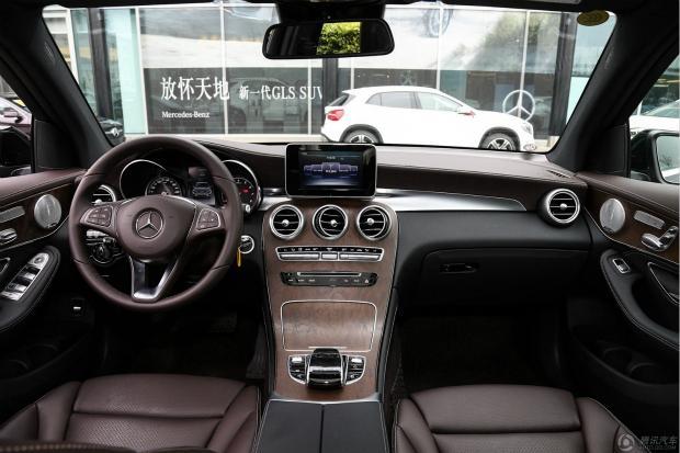奔驰GLC300多少钱口碑性能怎们样现车热销全国