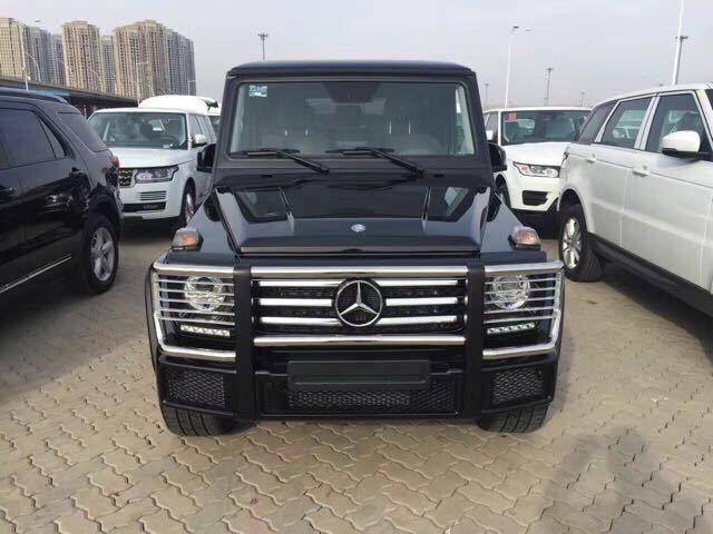 奔驰G500黑色现车图片配置 多少钱 17款G500提车什么价