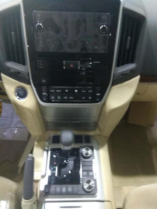 17款丰田兰德酷路泽4000中东版V6现车可分期
