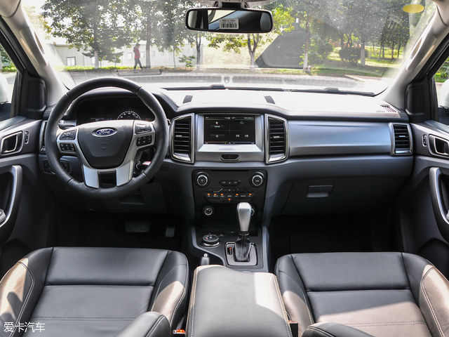 福特撼路者底盘高度是多少撼路者汽油版发动机动力如何