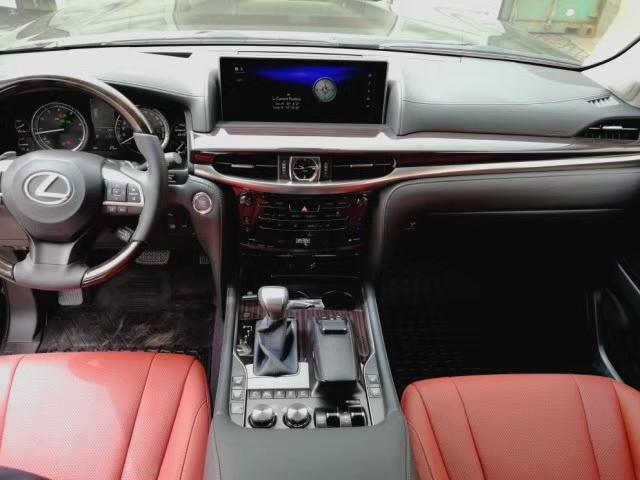 2018款雷克萨斯LX570现车多少钱 手续齐全