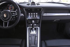保时捷911新车到店!裸车最高可享优惠10万元!