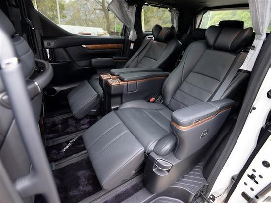 新款丰田埃尔法豪华商务航空座椅配置尊贵独享