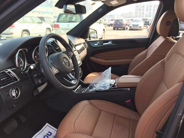 17款奔驰GLS450美规版小满配现车报价,港口现车促销中