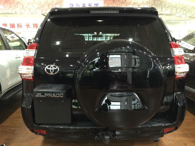 方面,新款车型装配了全新设计的仪表盘、4.2寸的仪表盘显示屏、高清图片