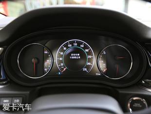 君威2017款 20T 豪华型的安全配置很是到位,主/副驾驶安全气囊、头