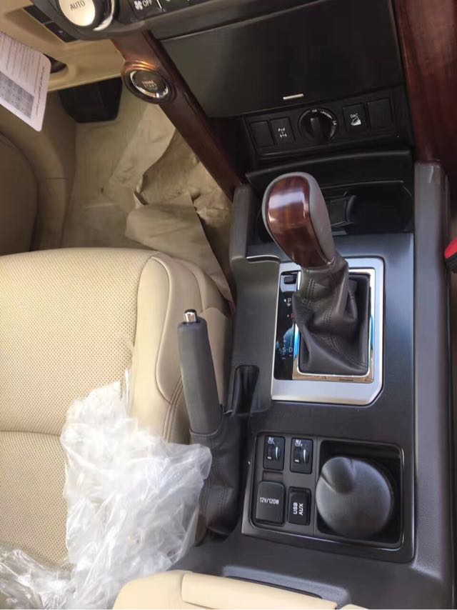 圣诞热卖18款丰田霸道4000中东版升级变速箱激情体验