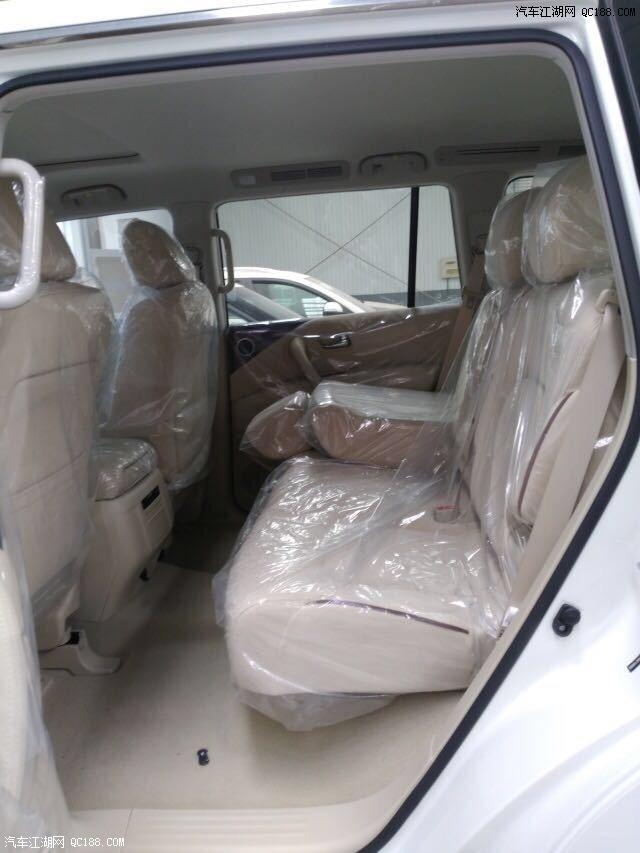 18款尼桑途乐4.0现车霸气十足年底裸车价售全国