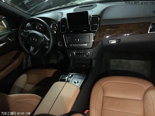 17款奔驰GLS450豪华SUV的代表外形凸显了不凡
