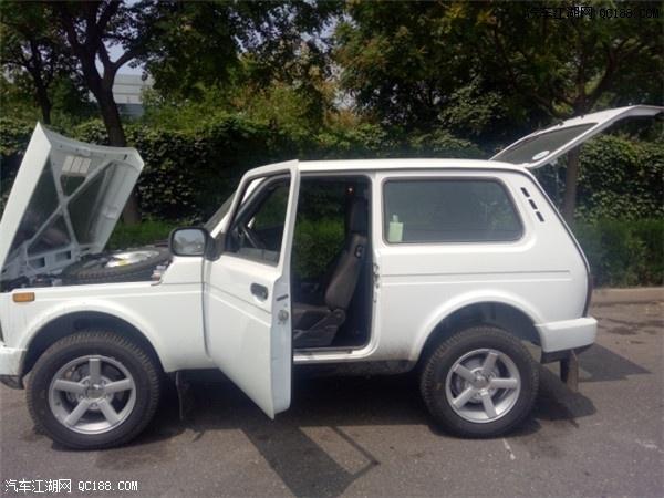 拉达泥瓦 战斗民族硬汉小车型最新报价 天津港手续齐