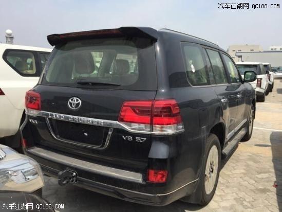 8款丰田酷路泽5700低配与高配价格差异分期购