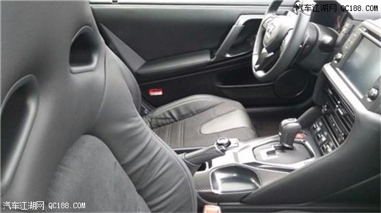 新款现车日产GT-R 3.8TT双涡轮增压弹射起步轿跑王者