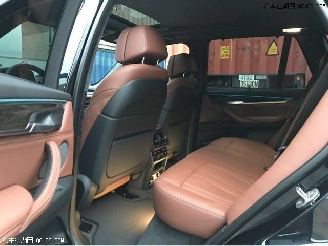 18款宝马X5配合标志性天使眼,优雅与时尚兼备 新车到港