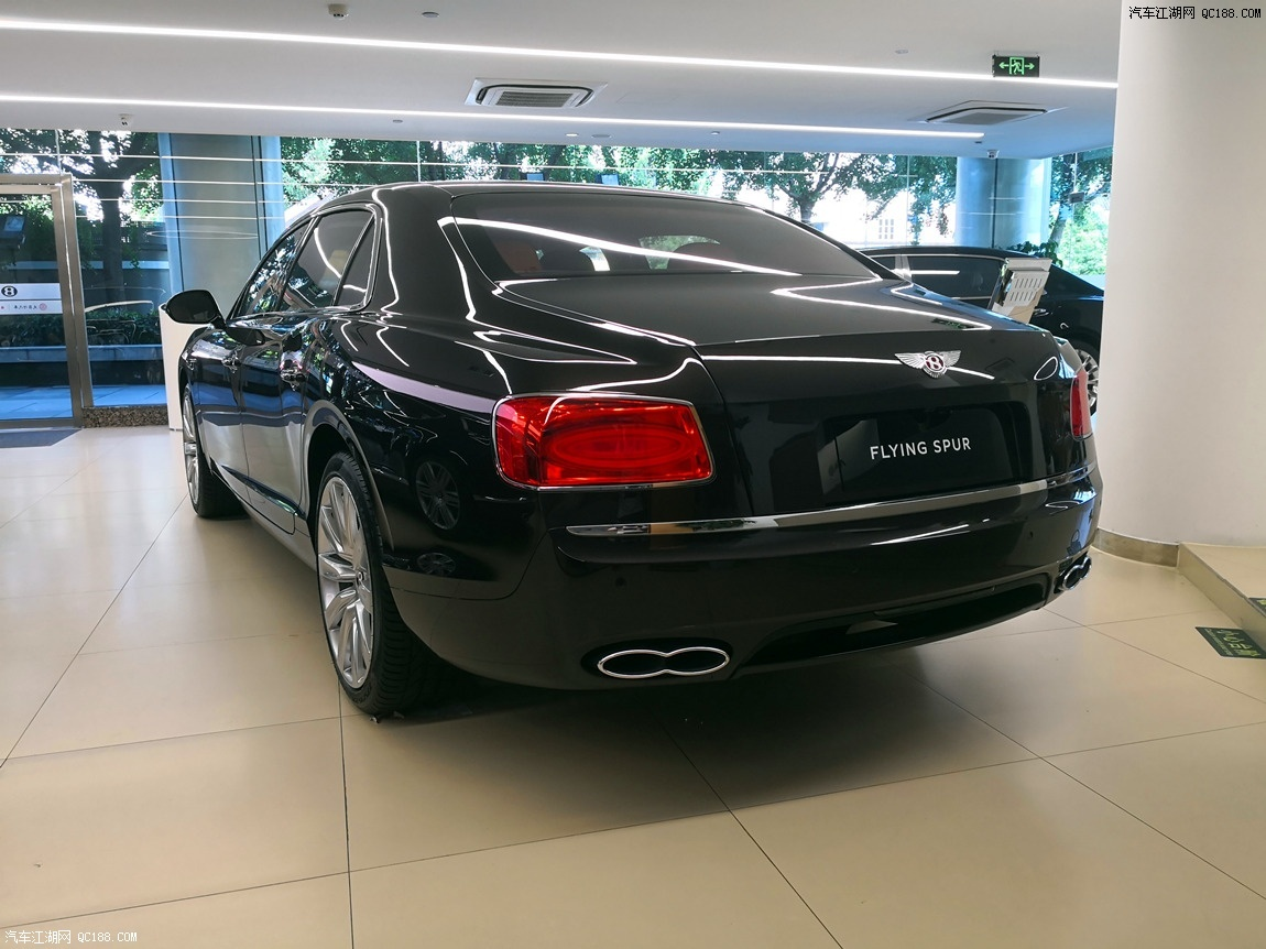 恢宏气势宾利飞驰V8S 18款性能卓越性动力强