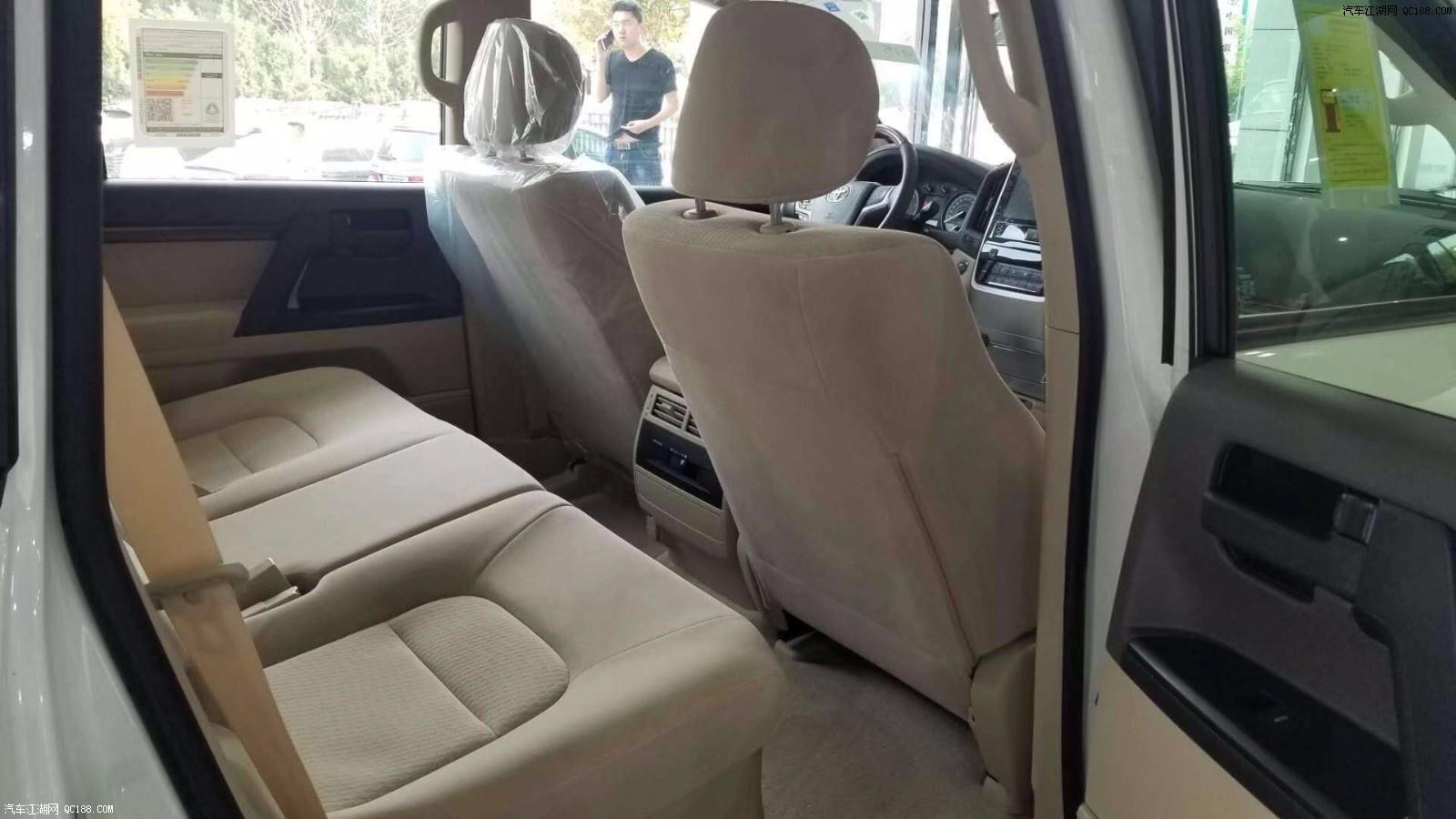 18款丰田酷路泽4500 平行进口原装配置