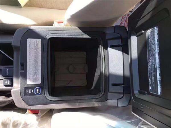 19款霸道2700现车天津港39万起步价销售