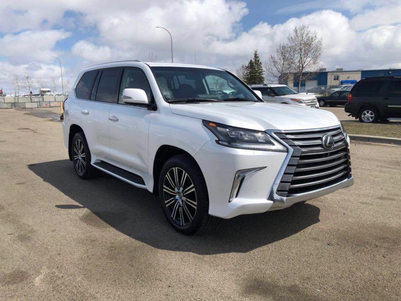 2019款雷克萨斯LX570天津现车加版和中东版最新报价