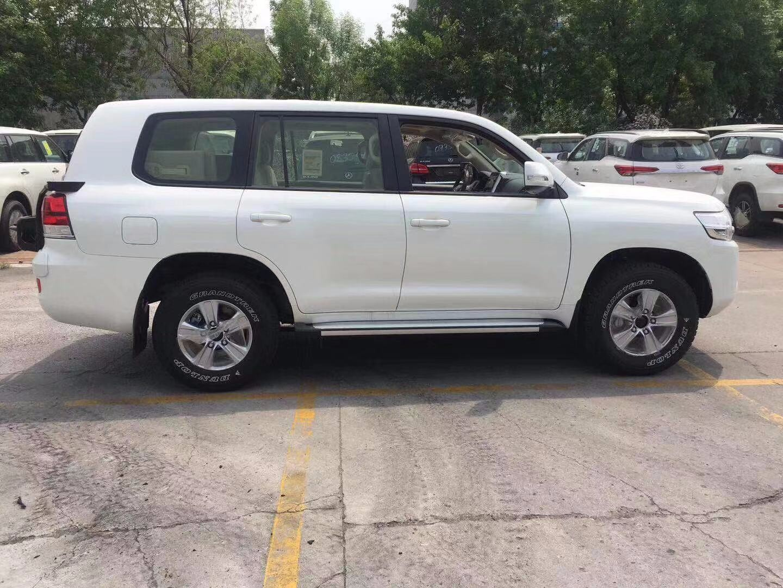 丰田酷路泽4600 外挂19款豪华SUV价最低