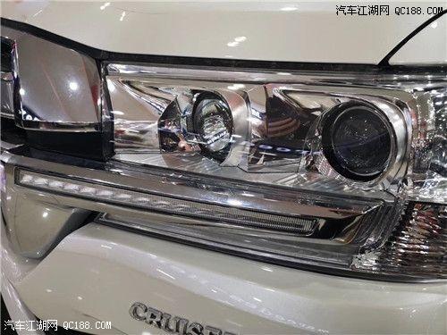 新款酷路泽4000中东版 内饰奢华大气全款多少钱