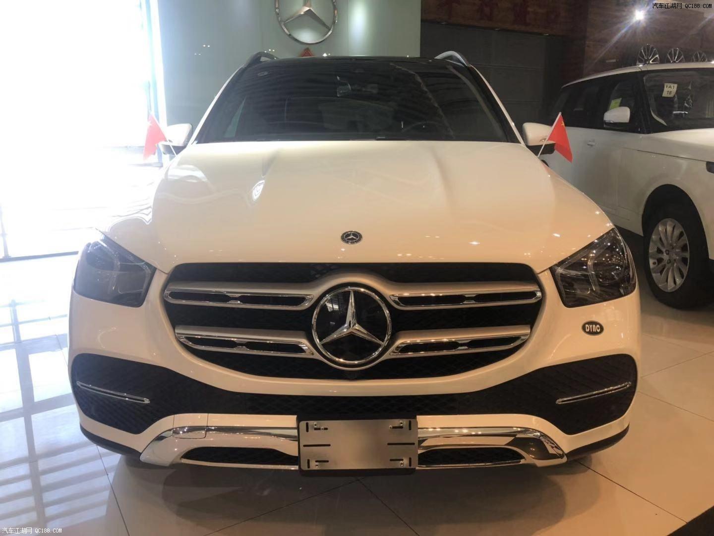 20款奔驰GLE350新配奢华天津港热销车身十分抢眼