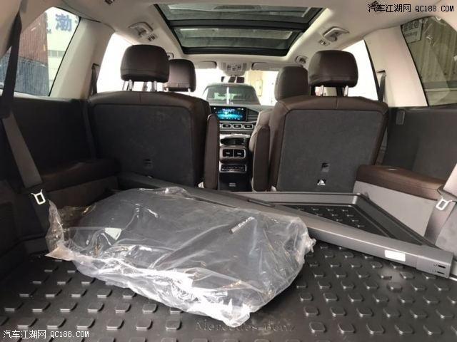 20款奔驰GLS450豪华运动110万起售动力强劲性价比超高