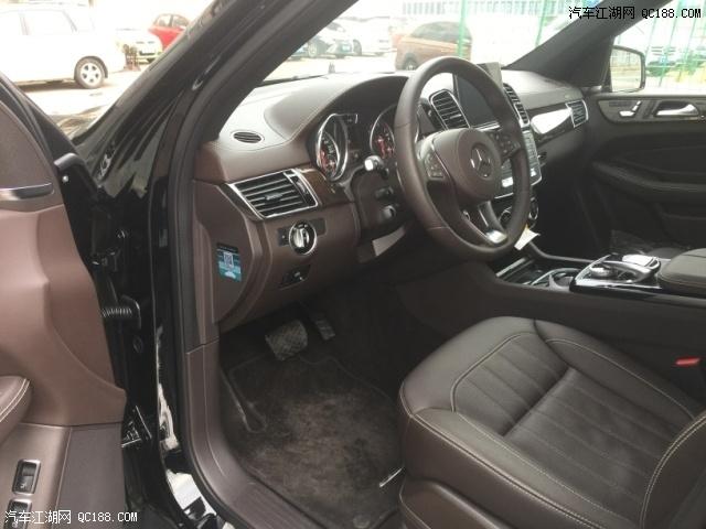 19款奔驰GLS450豪华SUV文山最新优惠行情价配置解析