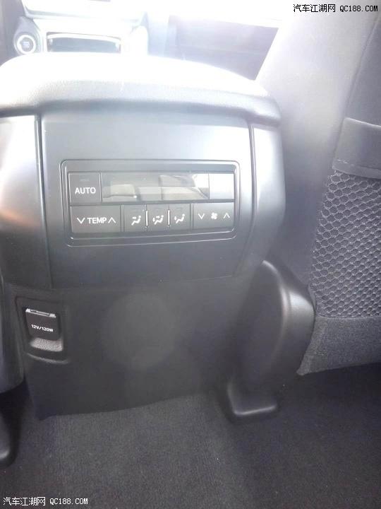 20款霸道3000普洱分期最便宜 柴油TXL九气外挂配置