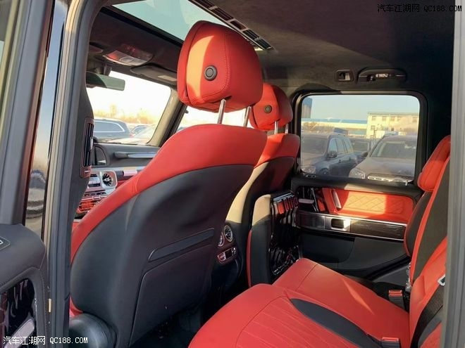2021款国六奔驰G63暗影之翼版黑色价格